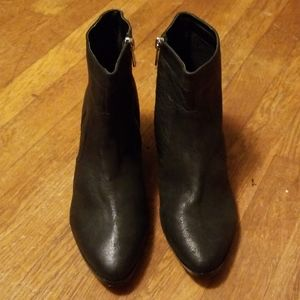 Dolce Vita Black Ankle Boots Size 10